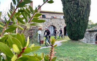 Ghost Factory Racing Team allenamento mountain biking Tenuta Il Cicalino